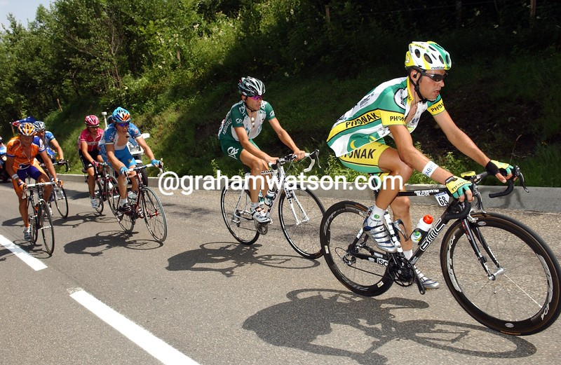 Oscar Pereiro leads an escape in the 2004 Tour de France