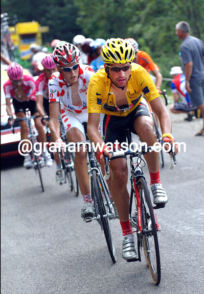 OSCAR PEREIRO IN ACTION ON STAGE SEVENTEEN OF THE 2006 TOUR DE FRANCE