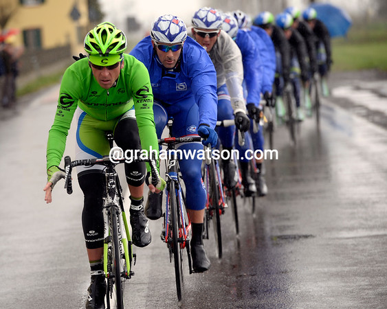 Bodnar is already hard at work, chasing the escape for Cannondale and Peter Sagan...
