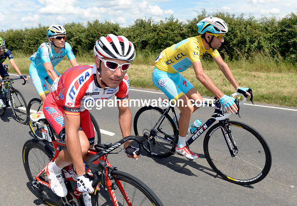 Joaquin Rodriguez is staying close to the Yellow Jersey holder, Vincenzo Nibali...