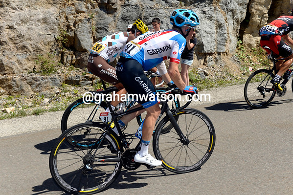 Andrew Talansky is starting to yo-yo at the back of the peloton, it doesn't look good for the American...