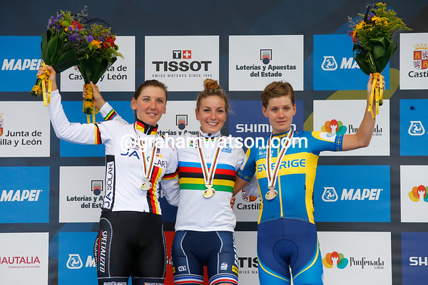 Pauline Ferrand-Prevot celebrates her win against Johansson and Brennaur..!