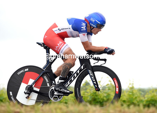 "Sylvain Chavanel took 11th, 1' 41"" down..."