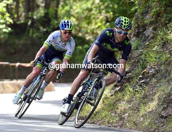 Giovanni Visconti and Simon Clarke are pursuing a developing escape on the sheer descent...