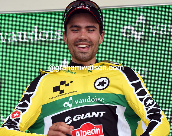 Tom Dumoulin retains his race-lead by seven-seconds over Geraint Thomas...