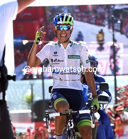 Esteban Chaves wins stage six..!
