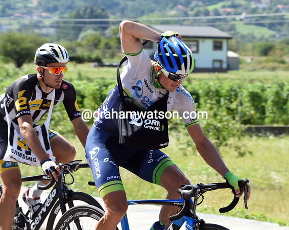 Invisible in this Vuelta, Simon Gerrans still needs to eat if he's going to be ready for the Worlds...