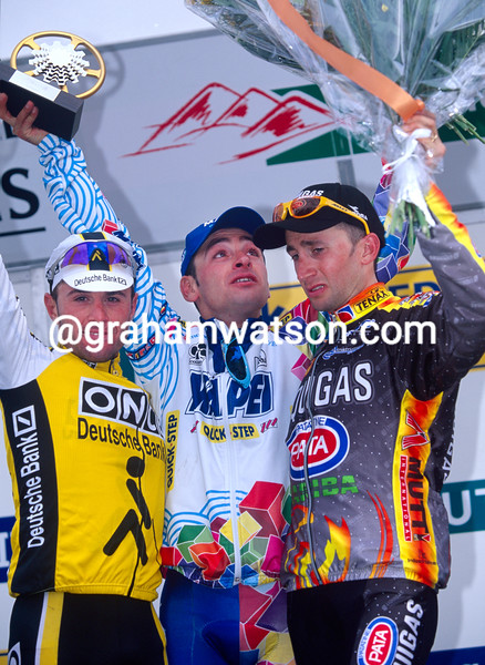 Paolo Bettini wins the 2000 Liege-Bastogne-Liege