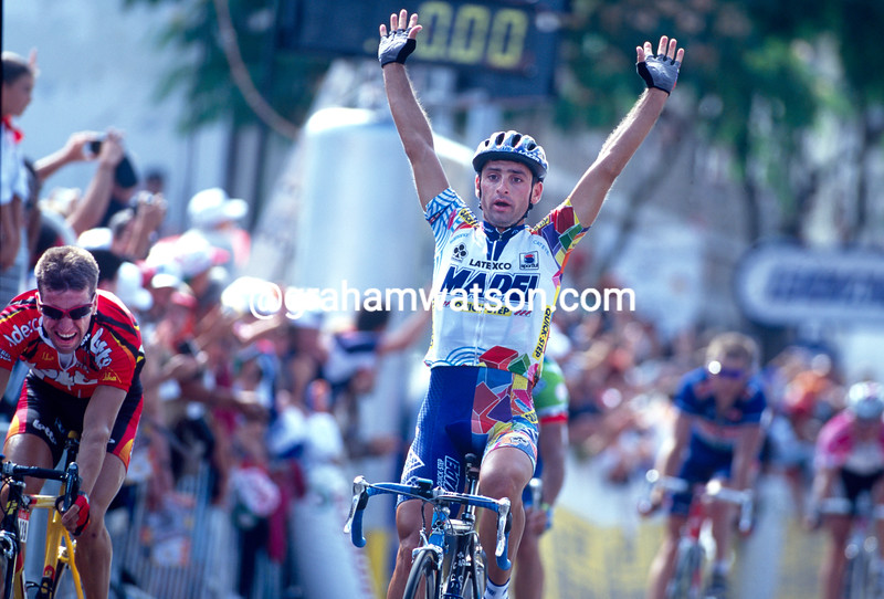 Paolo Bettini wins a stage of the 2000 Tour de France