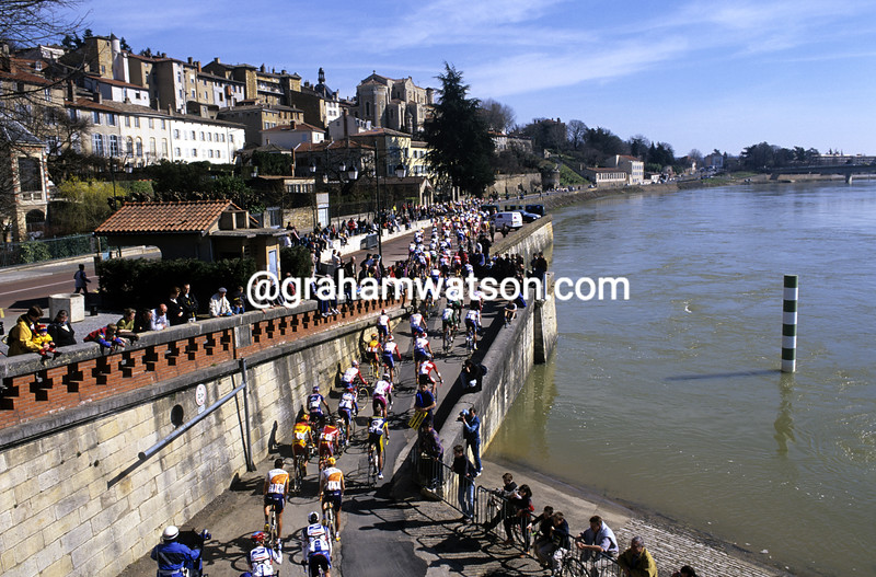 Cyclists climb in the 2000 Paris-Nice