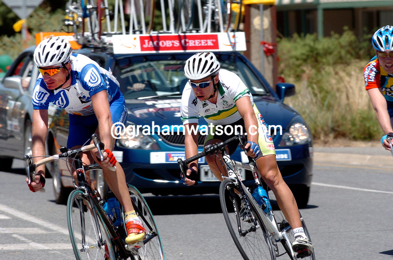 Patrick Jonker escapes on stage two of the 2004 Tour Down Under