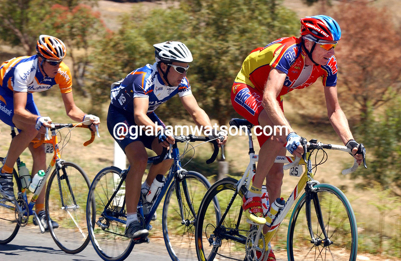 Patrick Jonker escapes in the 2003 Tour Down Under