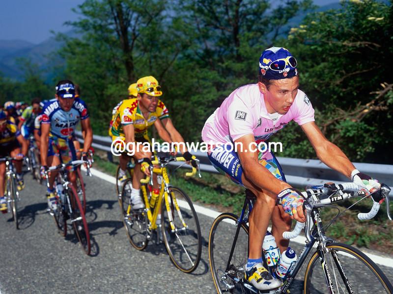 Pavel Tonkov in the 1998 Giro d'Italia
