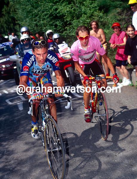 Pavel Tonkov and Ivan Gotti in the 1997 Giro d'Italia