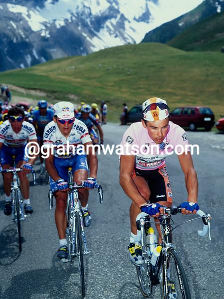 Pavel Tonkov in the 1997 Giro d'Italia