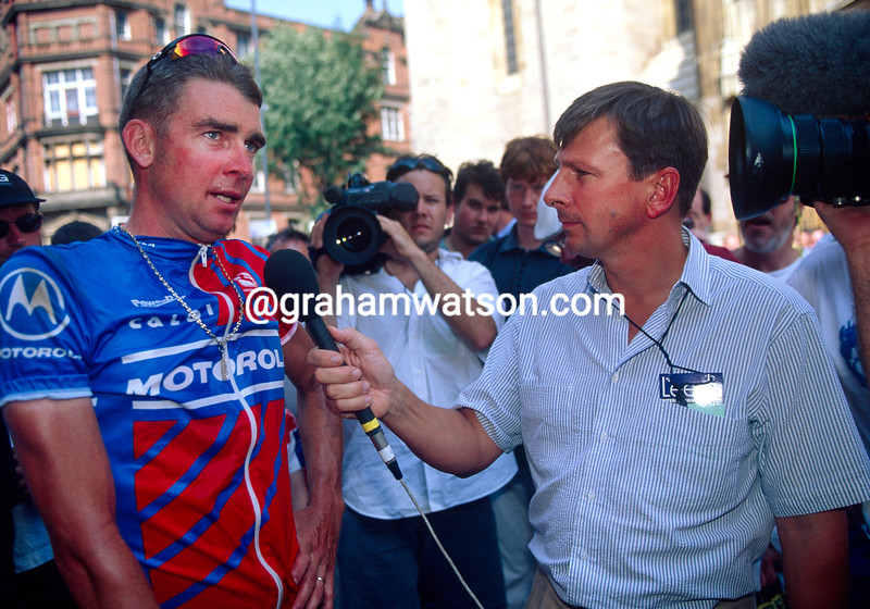 Sean Yates and Paul Sherwen at the Leeds Classic in 1991