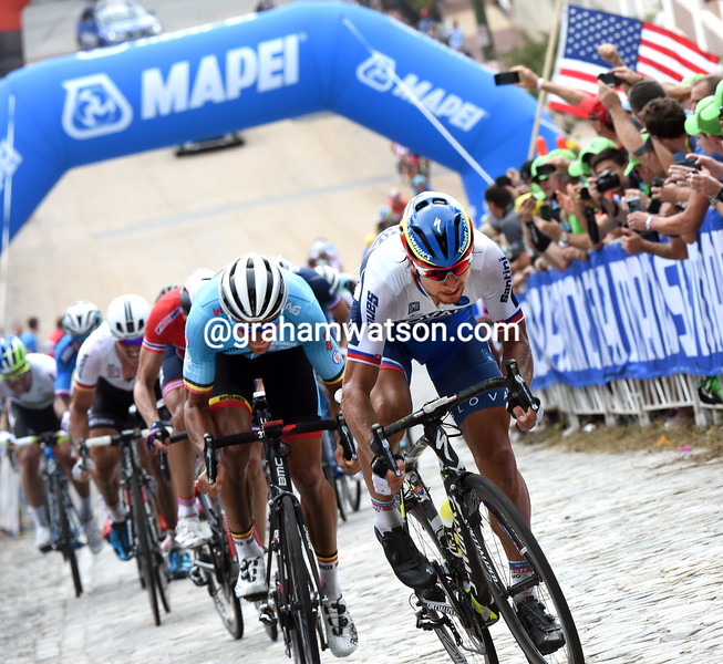 Peter Sagan attacks to win the 2015 Mens World Road Championships