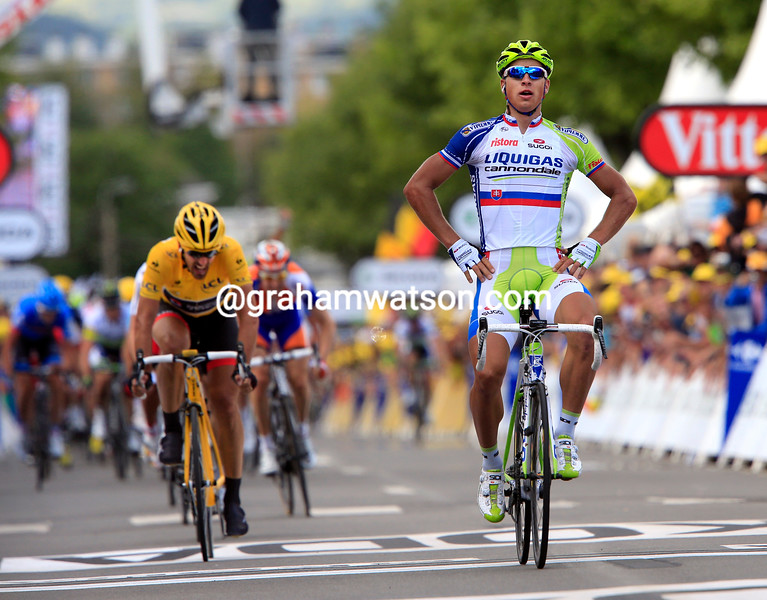 Peter Sagan wins stage one of the 2012 Tour de France