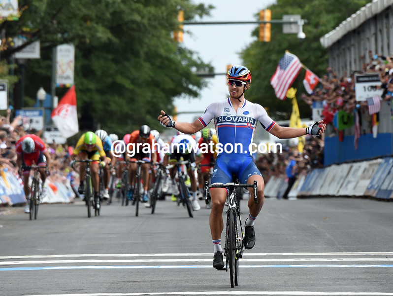 Peter Sagan wins the 2015 Mens World Road Championships