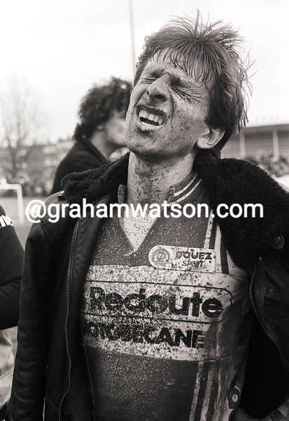 PAUL SHERWEN AFTER FINISHING PARIS-ROUBAIX in 1985