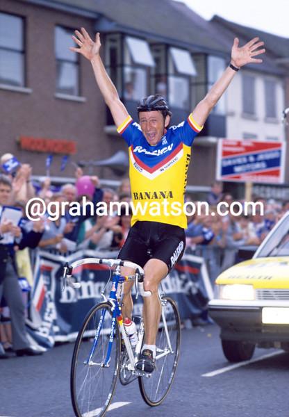 PAUL SHERWEN wins the 1985 British National Championships