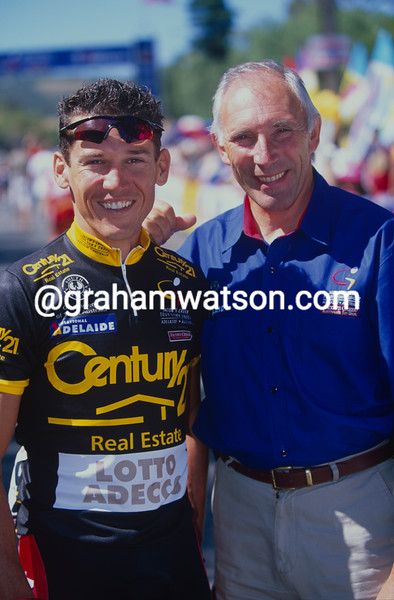 Phil Liggett with Robbie McEwen at the Tour Down Under