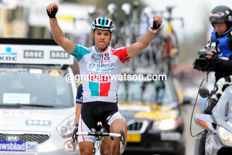 PHILIPPE GILBERT WINS THE 2011 FLECHE BRABANCONNE