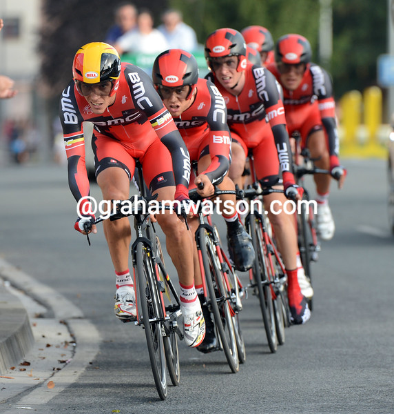 Philippe Gilbert leads BMC on stage one of the 2012 Vuelta España