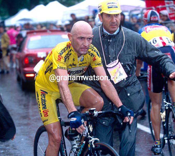 Marco Pantani in the 2000 Giro d'Italia