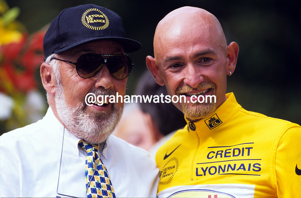 Marco Pantani with Charly Gaul in the 1998 Tour de France