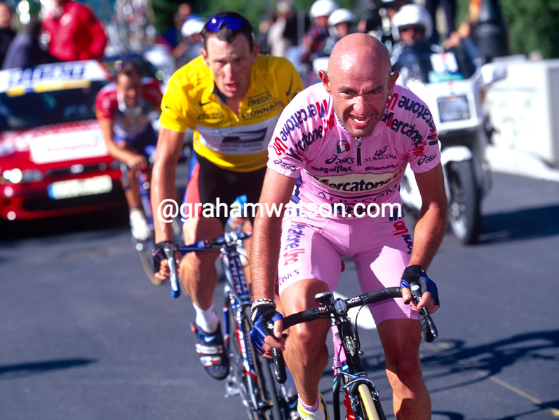 Marco Pantani escapes with Lance Armstrong in the 2000 Tour de France