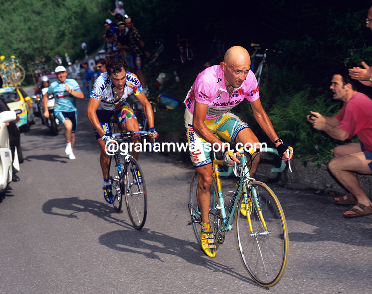 Marco Pantani and Pavel Tonkov in the 1999 Giro d'Italia