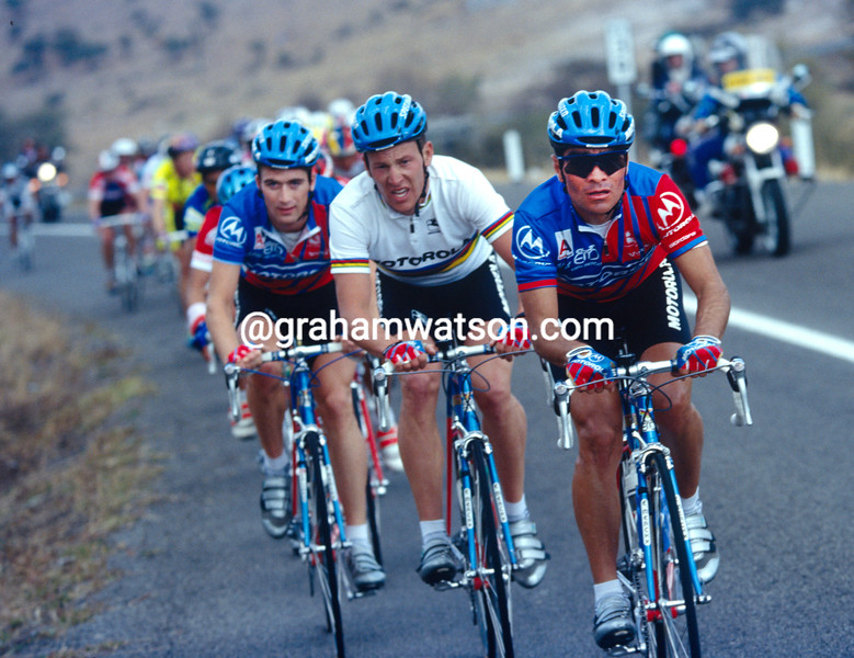 Raul Alcala leads Lance Armstrong in the 1994 Ruta Mexico