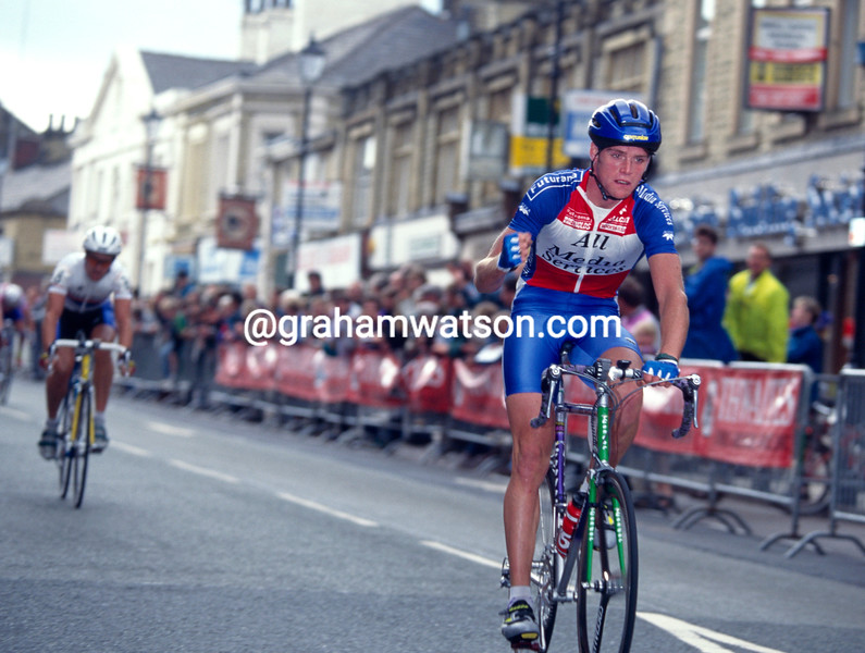 Rob Hayles wins a stage in the 1995 Tour of Lancashire