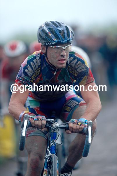 Robert Hunter in the 2002 Paris-Roubaix