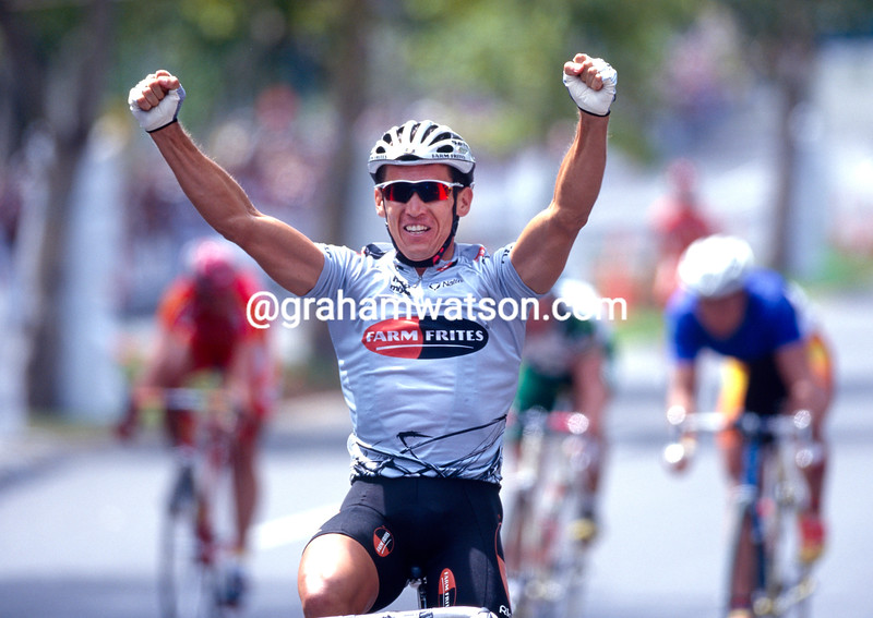 Robbie McEwen in the 2000 Tour Down Under
