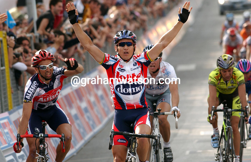 robbie mc ewen wins in THE 2003 GIRO