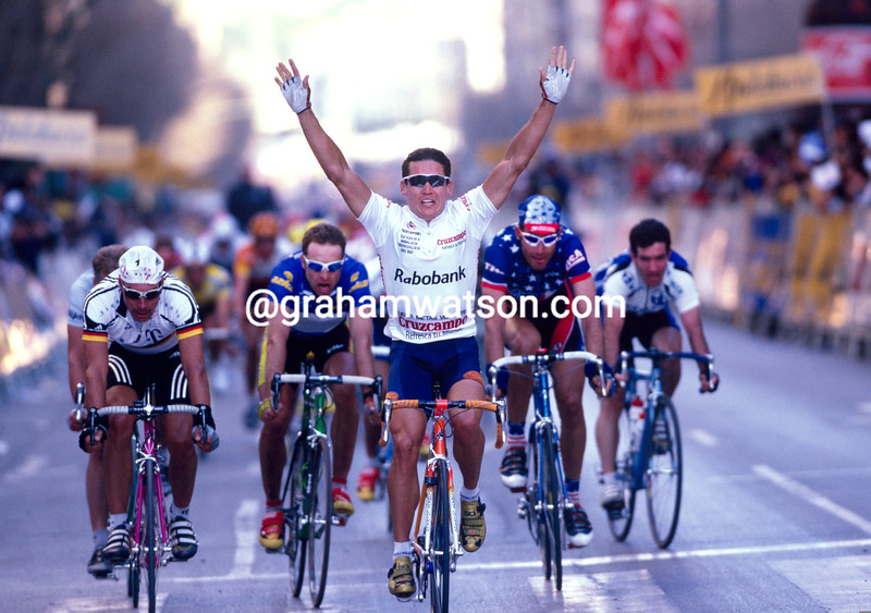 Robbie McEwen wins a stage in the 1999 Ruta del Sol