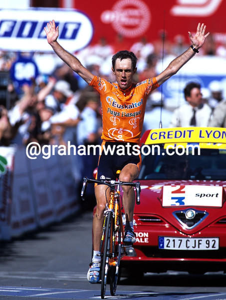 ROBERTO LAISEKA WINS A STAGE OF THE 1990 TOUR DE FRANCE AT LUZ-ARDIDEN