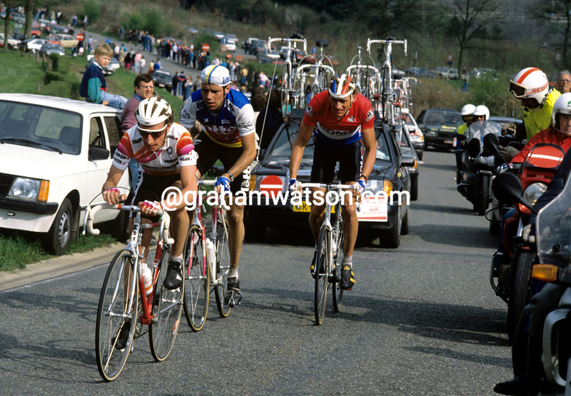 Robert Millar leads Dernies and Van der Poel in the 1989 Liege-Bastogne-Liege