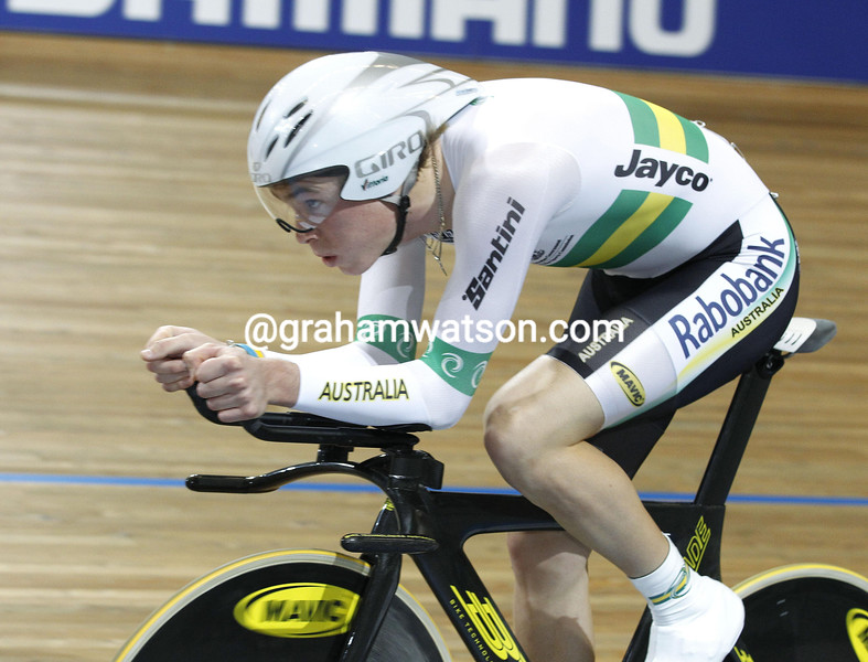 ROHAN DENNIS IN THE MENS PURSUIT