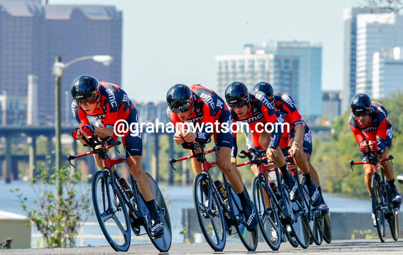 Rohan Dennis leads BMC in the Mens TTT at the 2015 World Cycling Championships