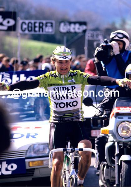 Rolf Golz wins the 1988 Fleche Wallonne