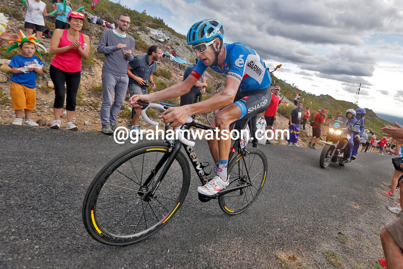 Ryder Hesjedal escapes to win stage fourteen of the 2014 Tour of Spain