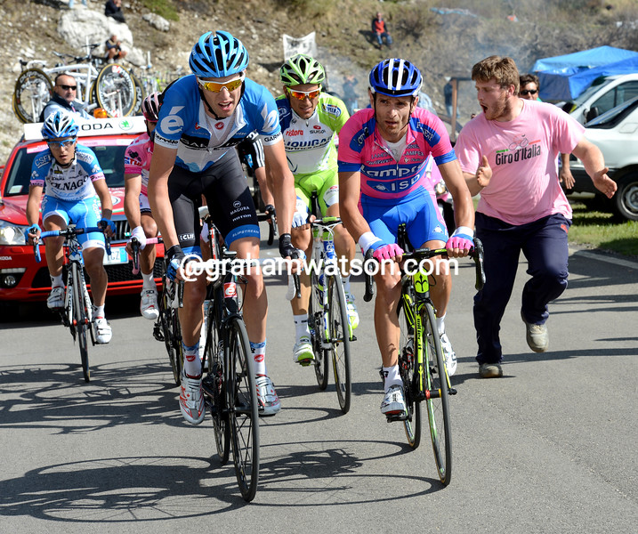 Ryder Hesjedal and Michele Scarponi on stage seventeen of the 2012 Giro d'Italia