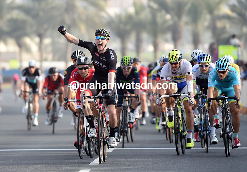 Sam Bennett wins stage six of the 2015 Tour of Qatar