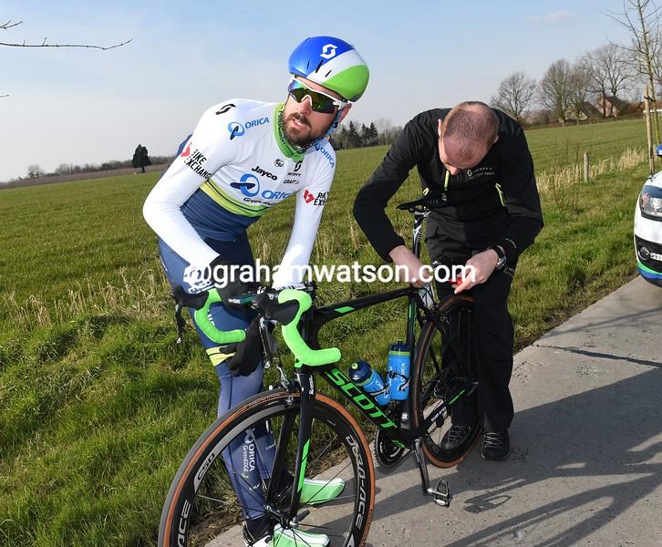 Sam Bewley in the 2016 Omloop Het Nieuwsblad