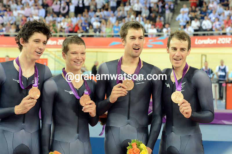 New Zealand in the mens team pursuit