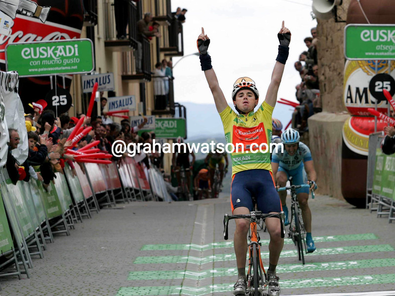 Sammy Sanchez wins a stage of the 2006 Basque Country Tour