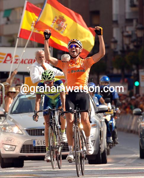 SAMUEL SANCHEZ WINS STAGE FIFTEEN OF THE 2007 TOUR OF SPAIN